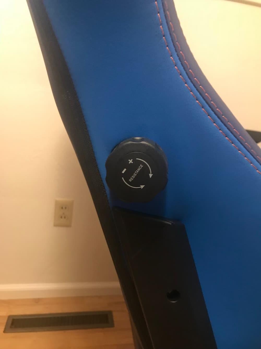 SecretLab Titan Tempo Chair Review 7