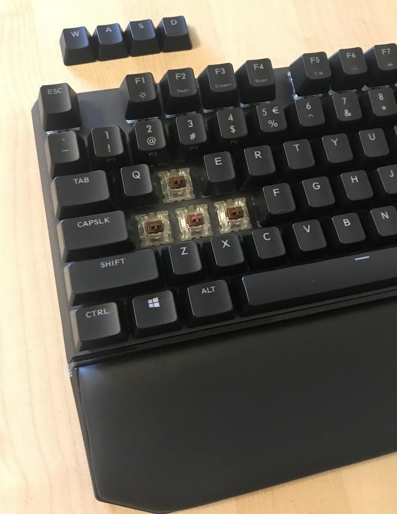 Cooler Master MasterKeys MK750 Mechanical Keyboard Review 8
