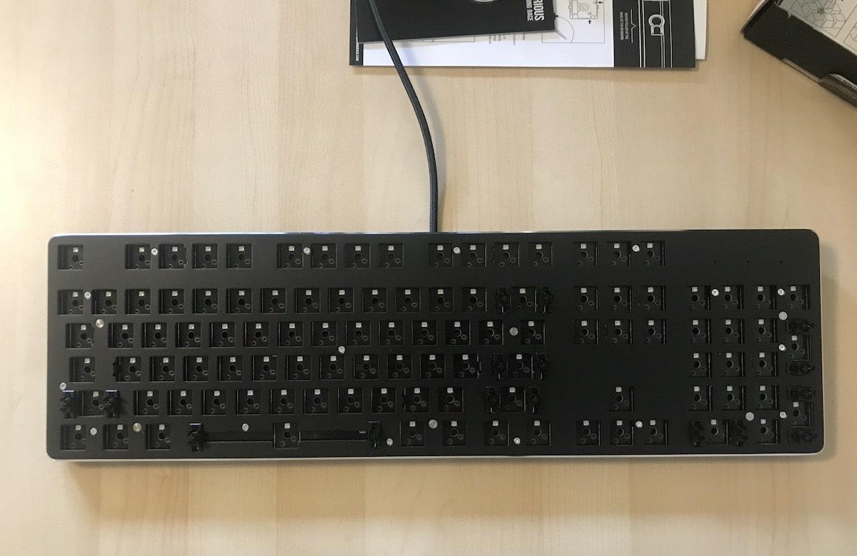 Glorious PC Gaming Race Modular Gaming Mechanical Keyboard Model GMMK-RGB Review 6