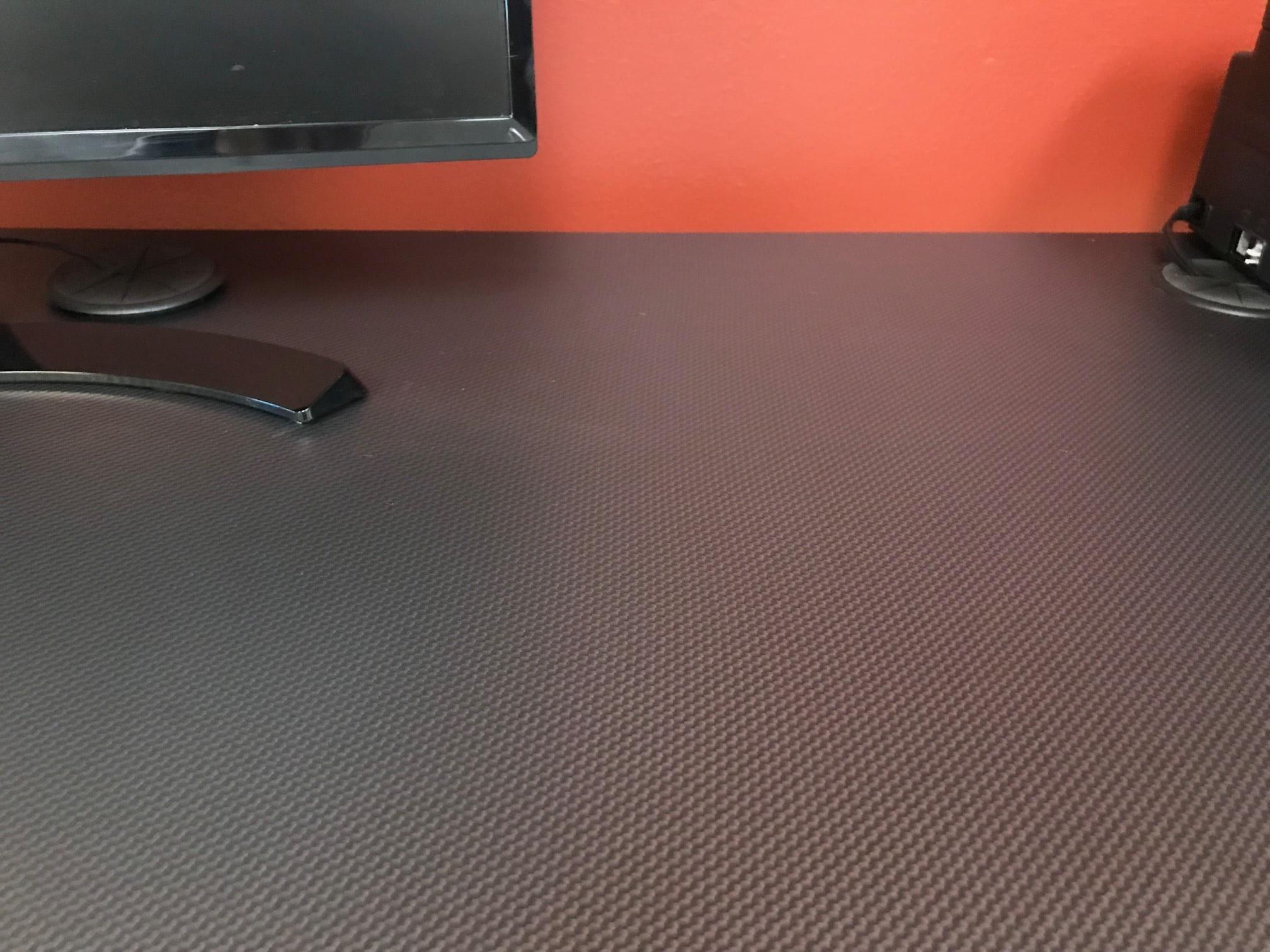 Carbon Fiber Desktop