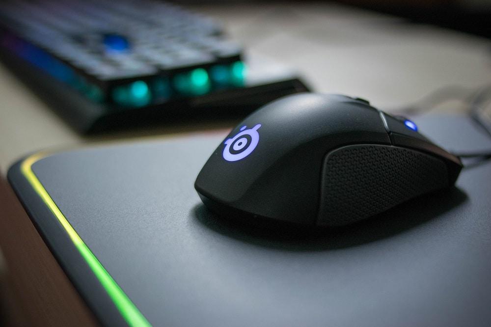 Gaming Laptop vs. Desktop Peripherals