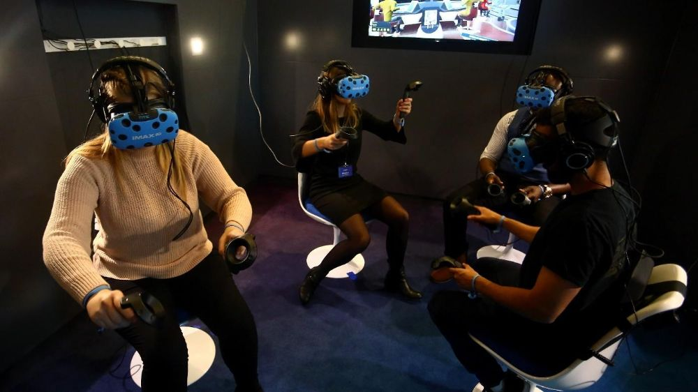 6 Best Multiplayer VR Games of 2021 for Online and Local Play
