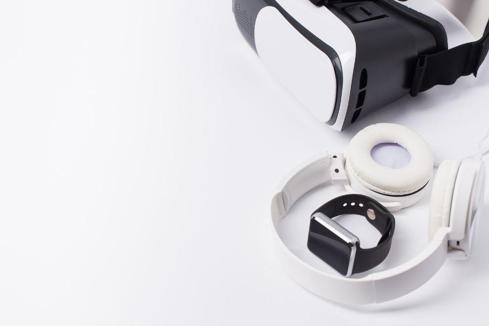 VR Headset and Headphones