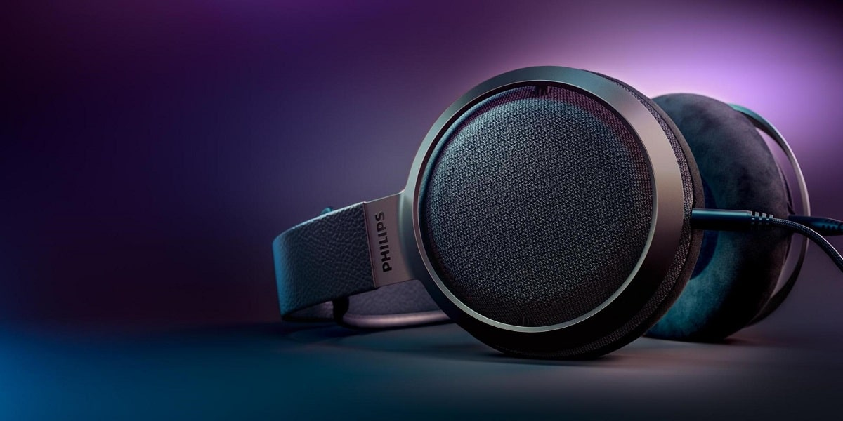 Philips Launches New Over-Ear Headphones for Audiophiles